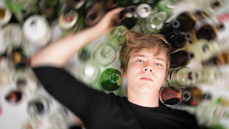 Las drogas y el alcohol en el adolescente - aciprensacom